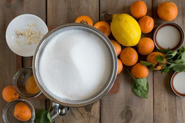 Джем из абрикосов на зиму - самый простой рецепт в домашних условиях